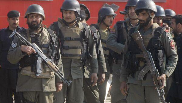 Pakistani troops arrive at Bacha Khan University in Charsadda, some 35 kilometers (21 miles) outside the city of Peshawar, Pakistan, Wednesday, Jan. 20, 2016 - Sputnik International