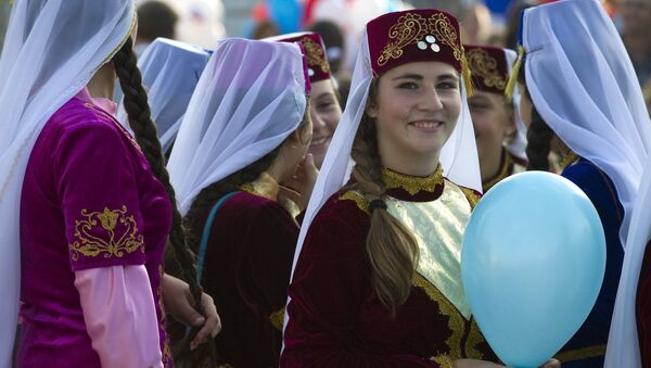 Women in national dresses on City Day in Sudak, Crimea - Sputnik International