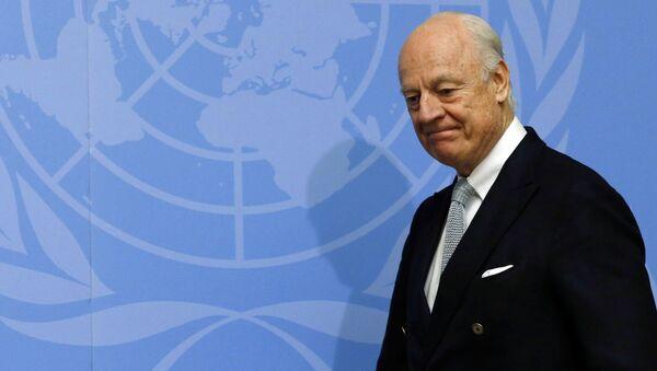 U.N. mediator for Syria Staffan de Mistura arrives for a news conference at the United Nations in Geneva, Switzerland January 25, 2016 - Sputnik International