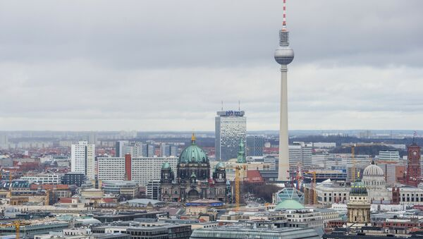 View of the Berlin skyline seen from Potsdamer Platz to Alexanderplatz, including the TV Tower, the Berlin Cathedral (R), the Berlin palace under construction and the city's town hall (Rotes Rathaus, R) - Sputnik International