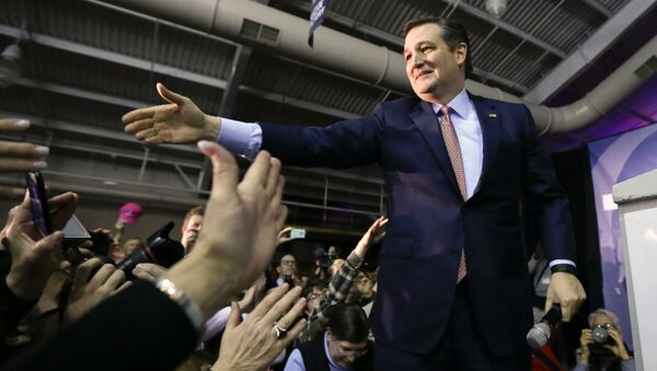 Republican presidential candidate, Sen. Ted Cruz, R-Texas, greets supporters during a caucus night rally, Monday, Feb. 1, 2016, in Des Moines, Iowa - Sputnik International