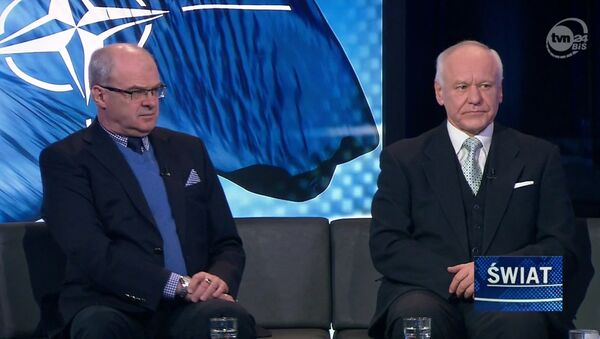 General Waldemar Skrzypczak (screen left) and General Marek Dukaczewski (right) in their interview for Polish broadcaster TVN 24 - Sputnik International