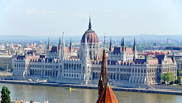 View of Hungarian Parliament, Budapest - Sputnik International