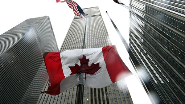 The Canadian flag flies at half-mast at the Consulate General of Canada in New York October 23, 2014 - Sputnik International