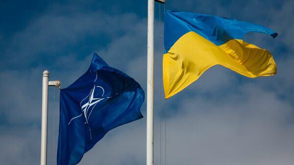 Ukrainian President Petro Poroshenko visits Hetman Petro Sagaidachny Ukrainian Army Academy - Sputnik International