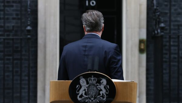 British Prime Minister David Cameron turns to leave after making a statement to the media outside 10 Downing Street in London on February 20 , 2016. - Sputnik International