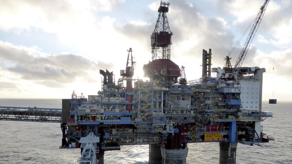 Oil and gas company Statoil drilling and accommodation platform Sleipner A is pictured in the offshore near the Stavanger, Norway, 11 February 2016 - Sputnik International