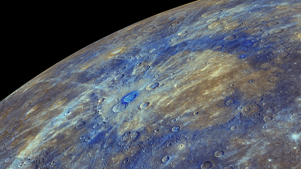 An enhanced-color image of Mercury, highlighting the carbon-rich material associated with impact craters - Sputnik International