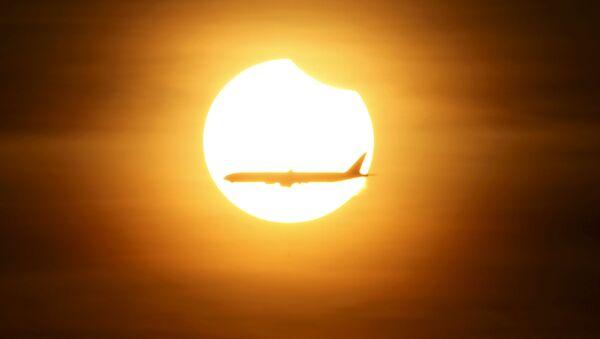 Солнечное затмение в Сингапуре - Sputnik International