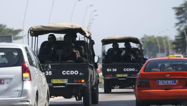 Security forces drive towards Grand Bassam in Abidjan, Ivory Coast, March 13, 2016 - Sputnik International