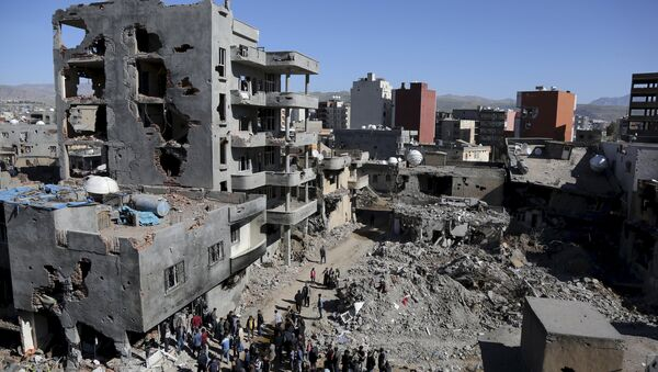 Buildings, which were damaged during the security operations and clashes between Turkish security forces and Kurdish militants, are seen in the southeastern town of Cizre in Sirnak province, Turkey March 2, 2016 - Sputnik International