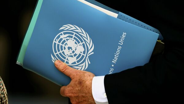 United Nations Special Envoy for Syria Staffan de Mistura holds a folder aside of the 31st Session of the Human Rights Council at the U.N. European headquarters in Geneva, Switzerland, February 29, 2016 - Sputnik International