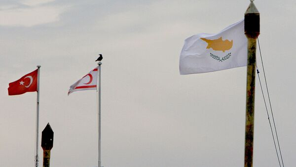 From the right to left, Cyprus,Turkish Cypriot state and Turkish flags - Sputnik International