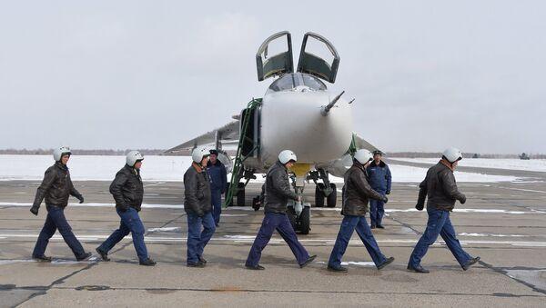 Three Su-24M bombers return to Chelyabinsk Region from Khmeimim Air Base - Sputnik International