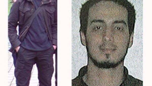 In this undated combination photo provided by the Belgian Federal Police in Brussels on Monday, March 21, 2016, suspect Najim Laachraoui is shown - Sputnik International