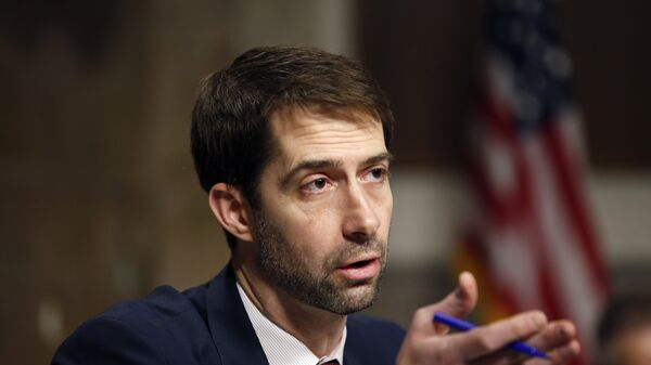Sen. Tom Cotton, R-Ark., questions Army Lt. Gen. John Nicholson Jr., as he testifies on Capitol Hill in Washington, Thursday, Jan. 28, 2016, before the the Senate Armed Services Committee hearing considering his promotion to General, Commander, Resolute Support.  - Sputnik International