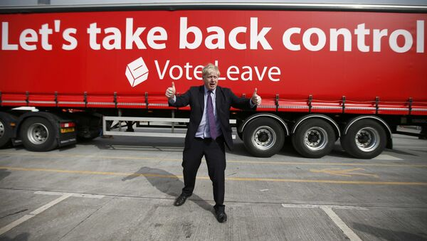 London Mayor Boris Johnson gestures during an Out campaign event, in favour of Britain leaving the European Union, at Europa Worldwide freight company in Dartford, Britain March 11, 2016. - Sputnik International