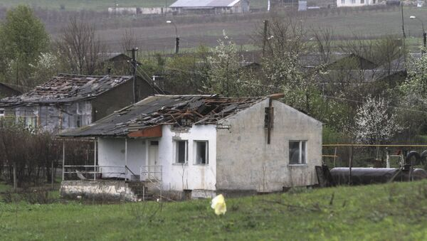 A house which was damaged during clashes between Armenian and Azeri forces, is seen in the town of Martakert in Nagorno-Karabakh region, which is controlled by separatist Armenians, April 3, 2016. - Sputnik International