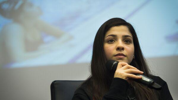 Syrian swimmer Yusra Mardini holds a press conference in Berlin - Sputnik International