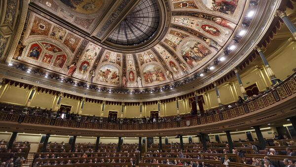 Newly-elected lawmakers sit on the Spanish Parliament in Madrid, Spain, Wednesday, Jan. 13, 2016 - Sputnik International