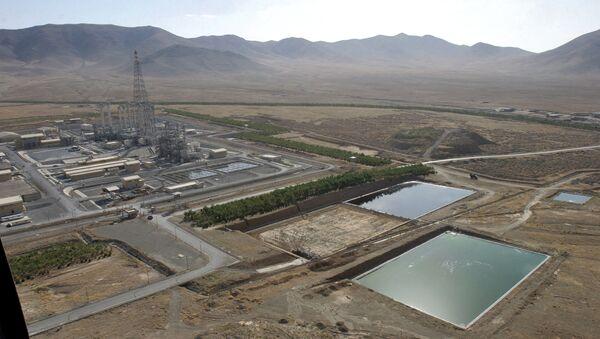 A general view shows a heavy water plant in Arak, 320 kms south of Tehran (File) - Sputnik International