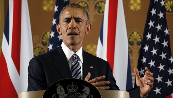 U.S. President Barack Obama speaks during a news conference British Prime Minister David Cameron following their meeting at 10 Downing Street in London, Britain April 22, 2016 - Sputnik International