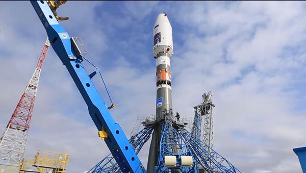 Vostochny Cosmodrone in Amur Region Soyuz-2.1a launch preparations (Screenshot from YouTube) - Sputnik International