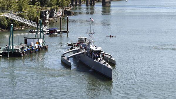 DARPA's Robotic Sea Hunter Unmanned Ship - Sputnik International