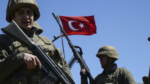 Turkish army soldiers - Sputnik International