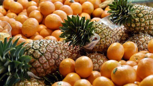 Clementines, oranges and pineapples - Sputnik International