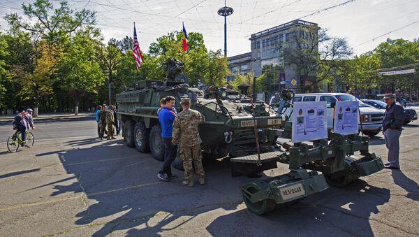 US military equipment in Chisinau - Sputnik International
