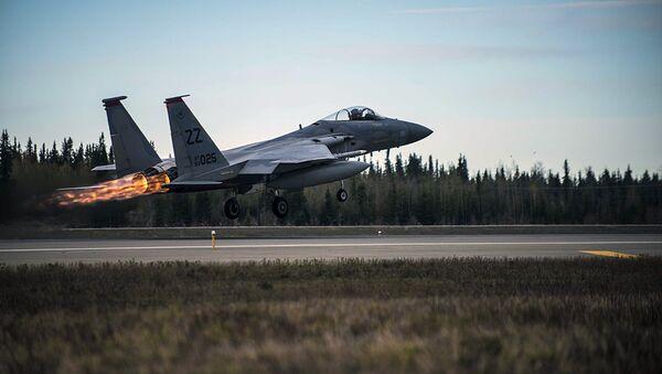 U.S. Air Force F-15 Eagle tactical fighter jet - Sputnik International