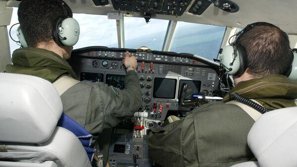 French pilots, Falcon 50 - Sputnik International
