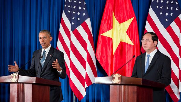 Barack Obama in a press conference with Vietnam's President Tran Dai Quang - Sputnik International