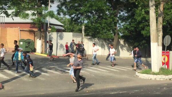 Raid on the Vietnamese quarter in Odessa 23.05.16 - Sputnik International