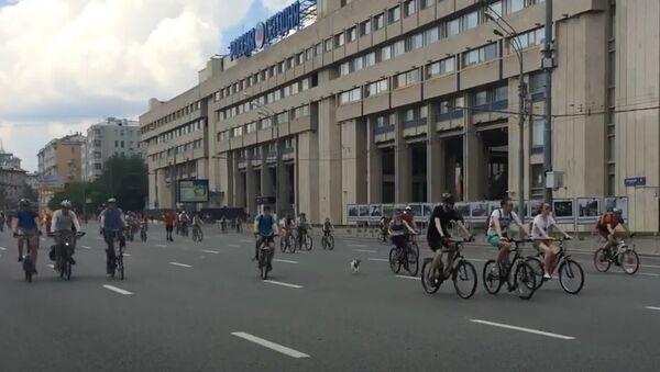Let's Bike: Russia's Biggest Bike Ride - Sputnik International
