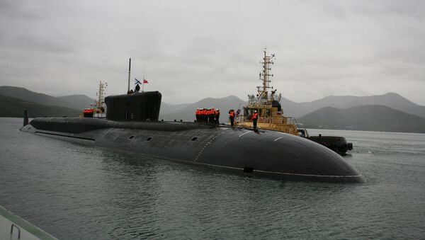 Crew of the Alexander Nevsky nuclear submarine topside at a welcome ceremony for the Navy's new Borei-class project 955 vessel at Kamchatka's Vilyuchinsk base. - Sputnik International