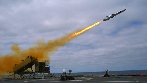 Naval Strike Missile launch from USS Coronado (LCS-4) in September 2014 - Sputnik International