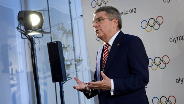 International Olympic Committee president Thomas Bach gestures during a press conference following an IOC executive meeting in Lausanne on June 3, 2016 - Sputnik International