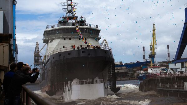 The new generation diesel-electric icebreaker Ilya Muromets being launched into the water from its drydock. - Sputnik International