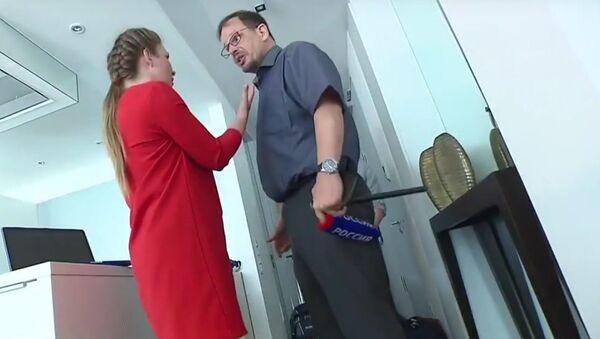 Russian political commentator Olga Skabeyeva interviewing German journalist Hajo Seppelt. - Sputnik International