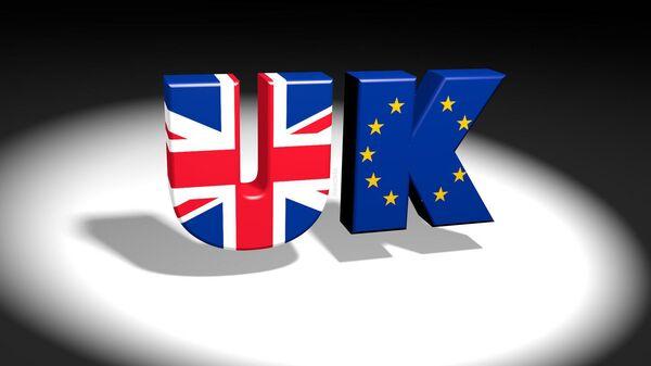 UK/EU text logo with Union Jack and European flag images - Sputnik International