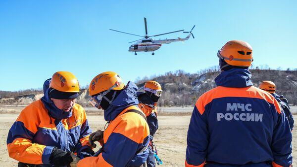 Russian EMERCOM rescue workers. File photo - Sputnik International