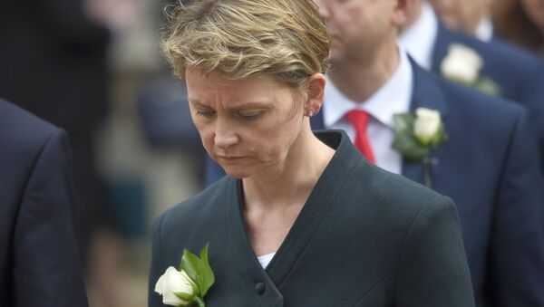 Labour MP Yvette Cooper walks from Parliament to St Margaret's Church for a service of remembrance for Labour MP Jo Cox who was shot and stabbed to death last week outside her constituency surgery, in Westminster, London, June 20, 2016. - Sputnik International