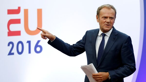 European Council President Donald Tusk gestures as he briefs the media after Britain voted to leave the bloc, in Brussels, Belgium, June 24, 2016. - Sputnik International