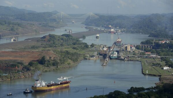 In this May 11, 2016 file photo, ships transit through the Panama Canal near Panama City - Sputnik International
