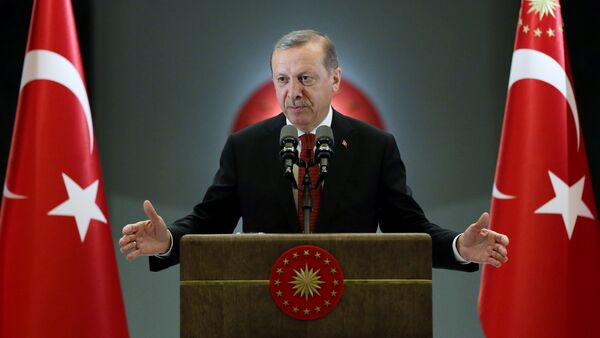 Turkish President Tayyip Erdogan makes a speech during an iftar event in Ankara, Turkey, June 27, 2016 - Sputnik International