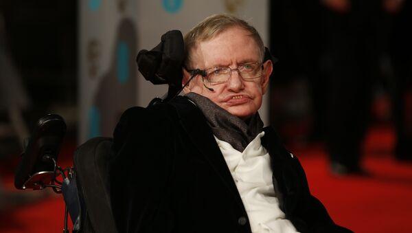 British scientist Stephen Hawking arrives for the BAFTA British Academy Film Awards at the Royal Opera House in London on February 8, 2015. - Sputnik International