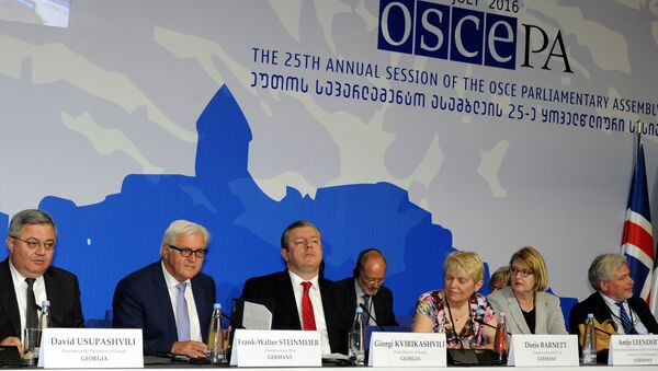 (From L) Chairman of Georgia's parliament, David Usupashvili, German Foreign Minister Frank-Walter Steinmeier, who currently chairs the Organisation for Security and Cooperation in Europe (OSCE) monitoring body, Georgia's Prime Minister, Giorgi Kvirikashvili, Treasurer of OSCE, Doris Barnett and Head of the Task Force for the 2016 German OSCE Chairmanship, Antje Leendertse attend the 25th Annual Session of the OSCE Parliamentary Assembly in Tbilisi on July 1, 2016 - Sputnik International