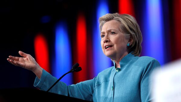 Democratic US presidential candidate Hillary Clinton speaks at the U.S. Conference of Mayors 84th Annual Meeting in Indianapolis, Indiana United States - Sputnik International